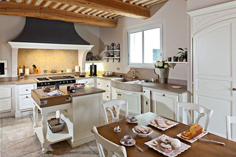 Conception de cuisine blanche de style Provence