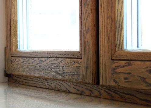 Pourquoi les fenêtres en bois à double vitrage sont-elles meilleures que le plastique?