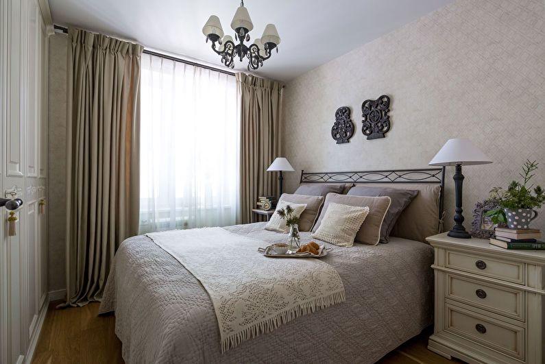 Concevez une petite chambre dans un style classique - Couleurs claires