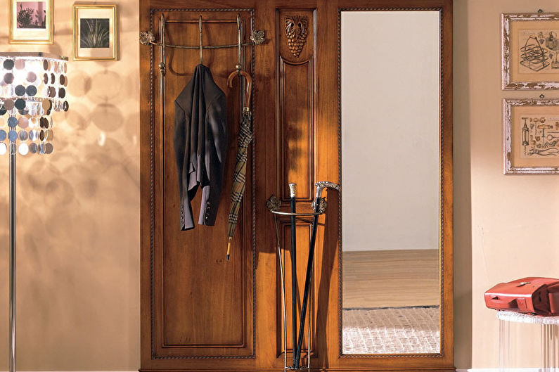 Couloir de design d'intérieur dans un style classique - photo